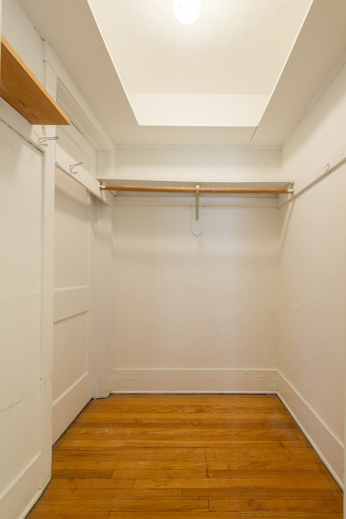 Studio- Walk-In Closet