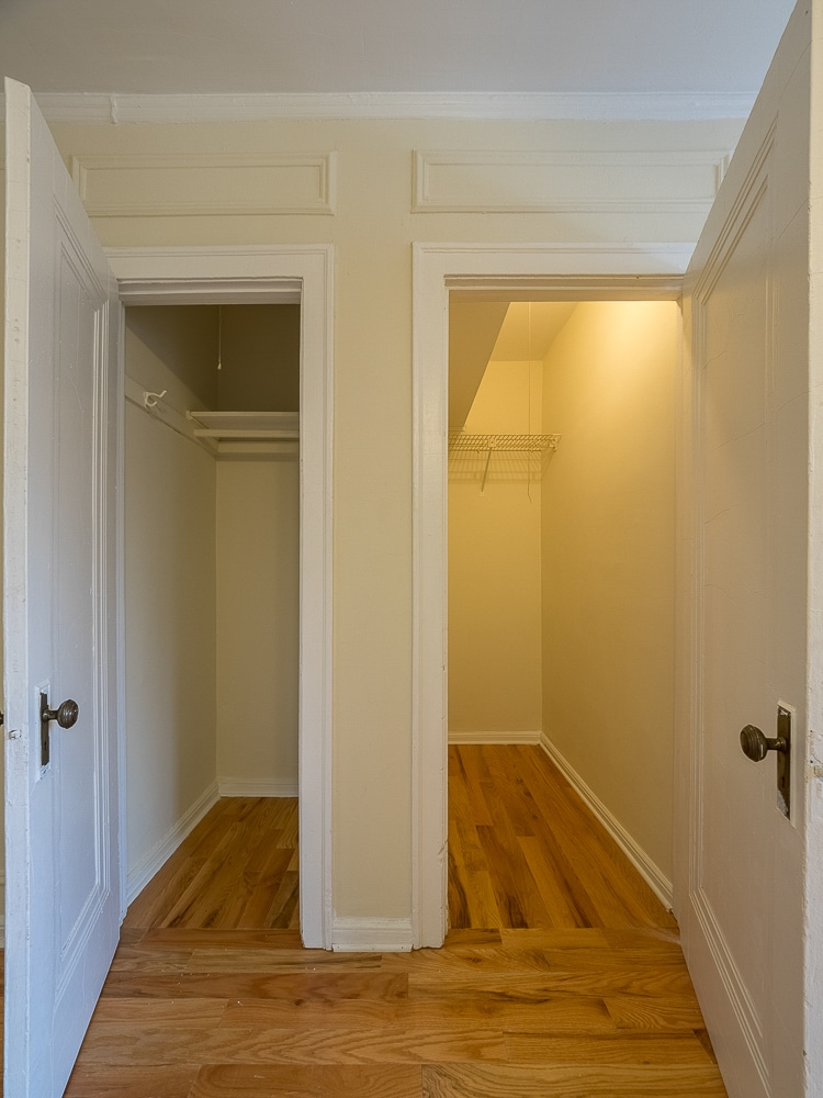 Studio - Walk-in Closets