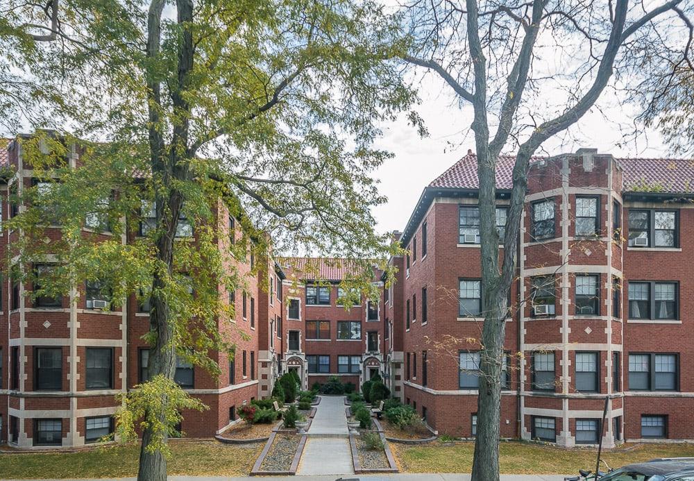 1025-33 Dempster, Evanston