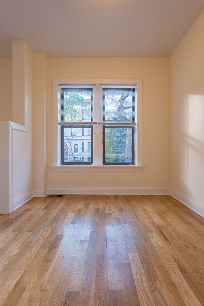 Renovated One Bedroom - Dining Area