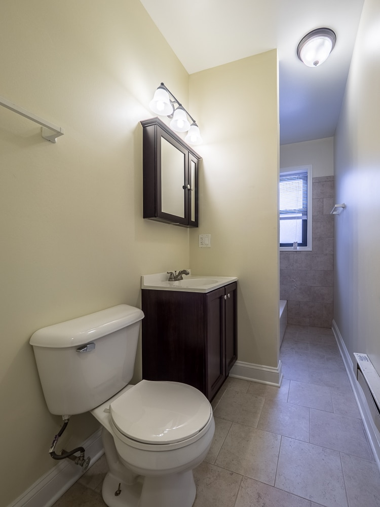Renovated One Bedroom - Bathroom