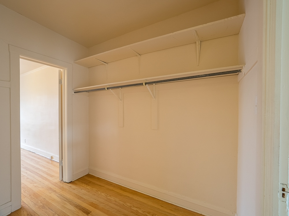 Renovated One Bedroom - Walk-in Closet