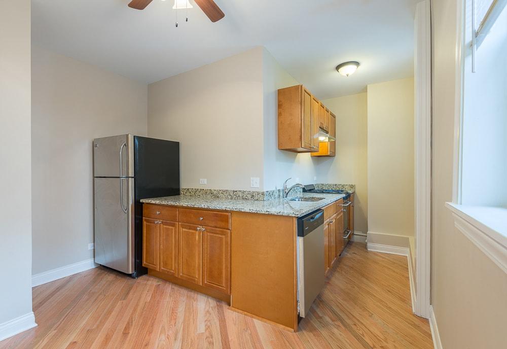 Renovated One Bedroom - Kitchen