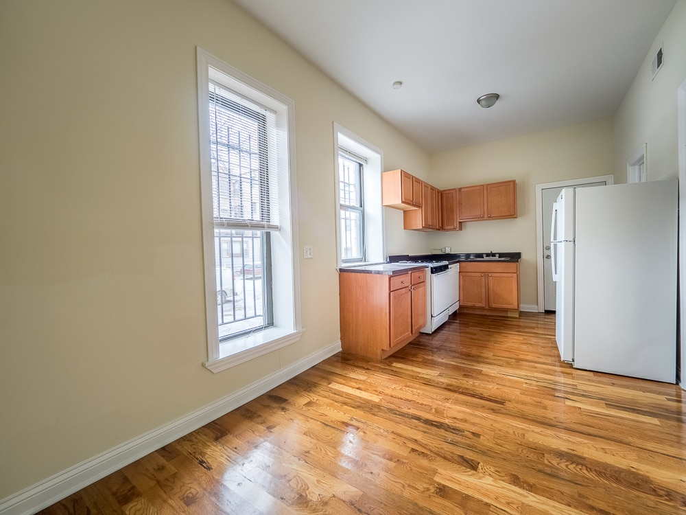 Renovated Three Bedroom - Eat-in Kitchen