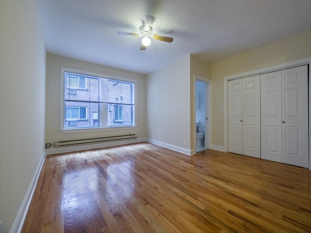 Renovated Studio - Living Area