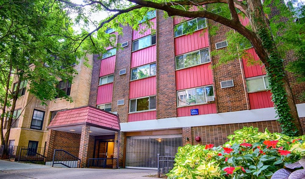 555 W. Arlington, Chicago