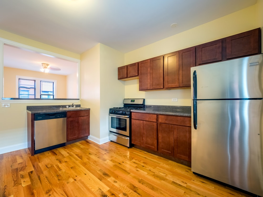 Renovated Two Bedroom - Kitchen