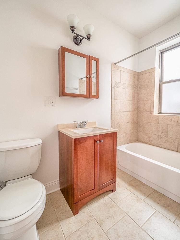 Renovated One Bedroom - Bathroom