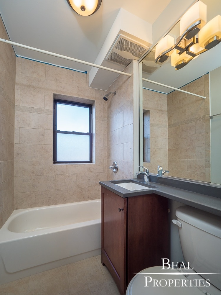 One Bed Renovated - Bathroom