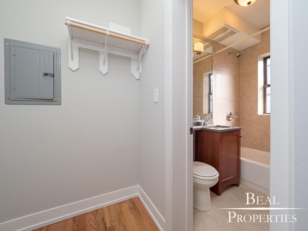 Studio Renovated - Bathroom