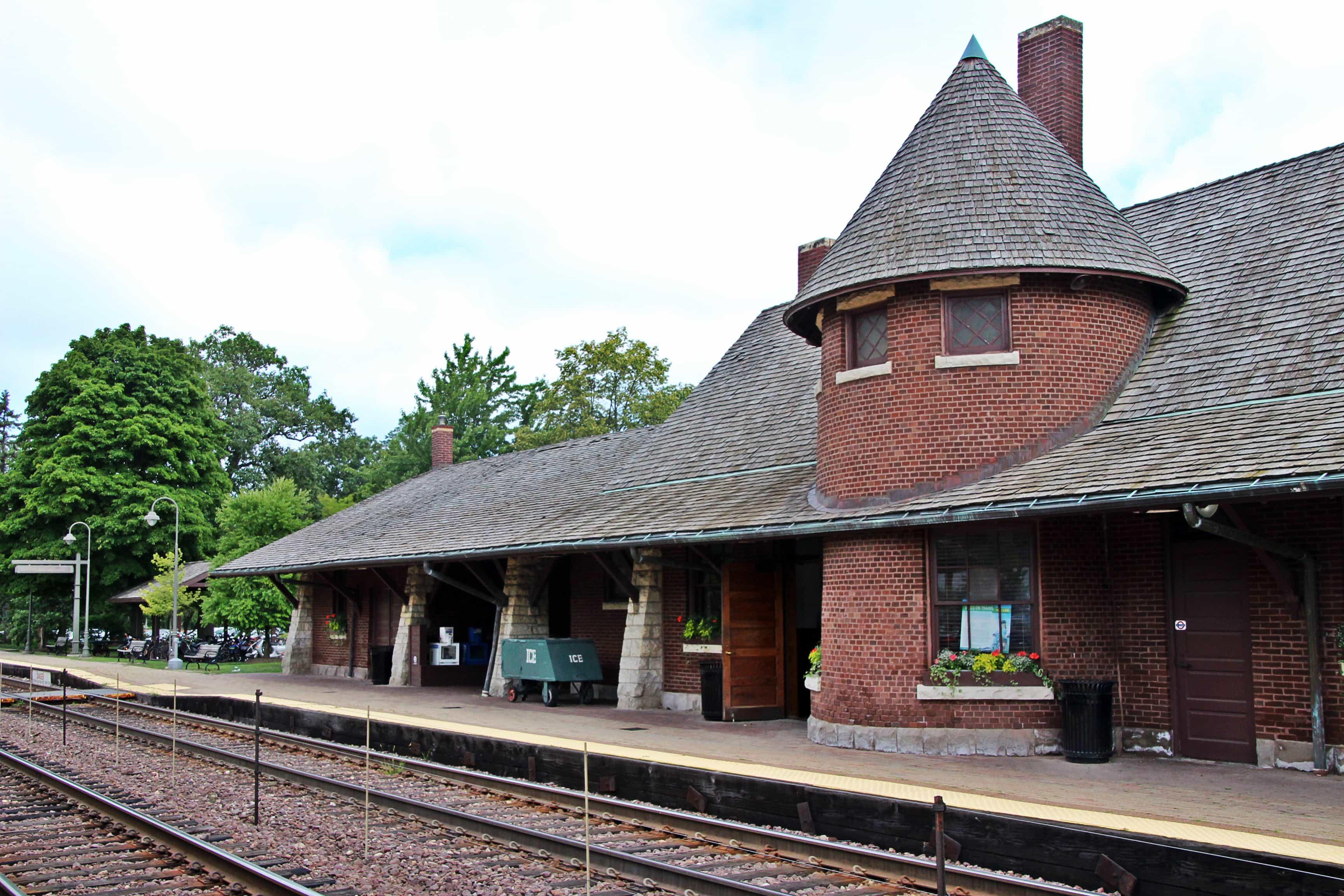 Glencoe Metra Station