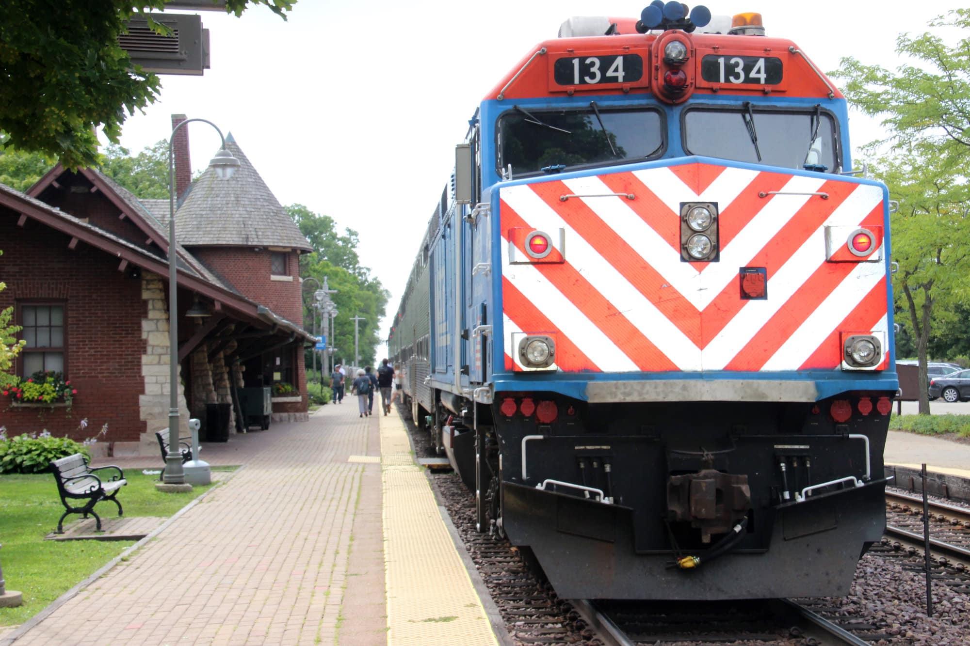 Glencoe Metra Station and Train